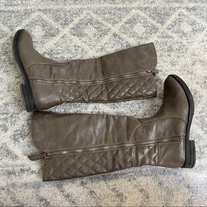 DSW Brown Boots
